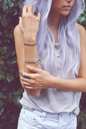 shirt,purple,light purple,purple hair,clothes,shorts,blogger,tumblr,findthis,fashion,worldwide shipping,shops,celebrity,pants,colorful,hair accessory,this semi-permanent hair color,jewels