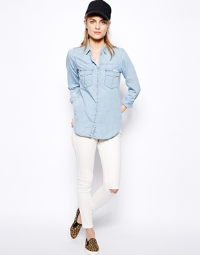 Pull&Bear | Pull&Bear - Chemise en jean clair délavé chez ASOS