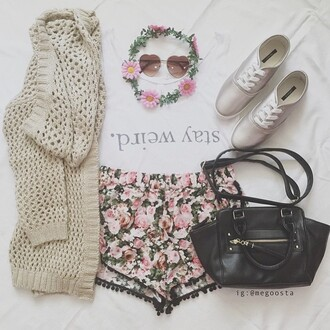 cardigan tumblr cute pretty love tumblr outfit tumblr shirt tumblr shorts tumblr sweater crop tops love fashion flower crown shirt shorts