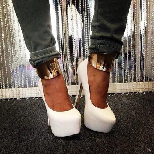 Shoes: high heels, gold, gold ring, gold high heels, gold heels ...