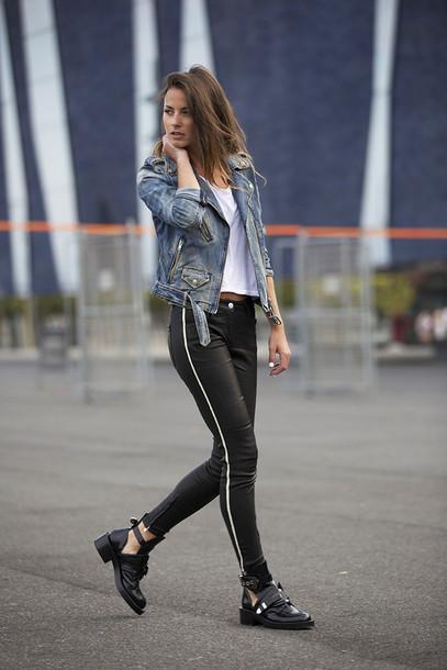 fashion vibe jacket t-shirt shoes