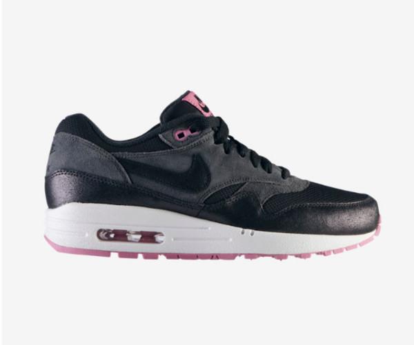 shoes air max nike air nike sportswear vans of the wall cute yolo tie dye black and white roshe runs