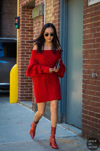 shoes boots red boots sweater red sweater knitwear knitted sweater sunglasses