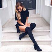 dress,black,fitting,tight,slim,t-shirt dress,zip,slit