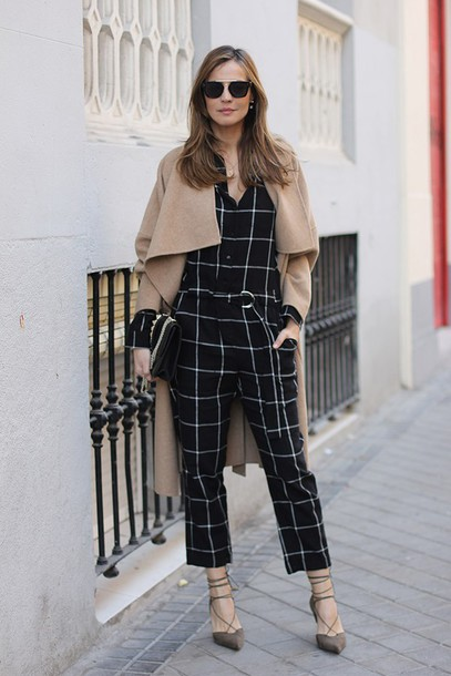 lady addict blogger checkered jumpsuit camel coat