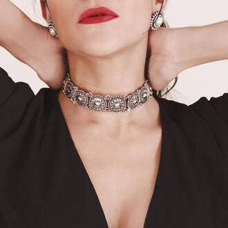 jewels tumblr necklace silver silver jewelry silver necklace red lipstick choker necklace earrings silver earrings jewelry silver choker