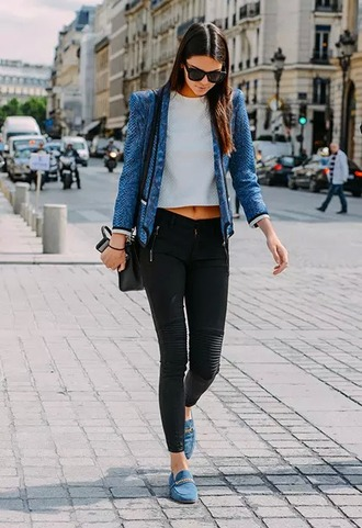 leggings fashion kendall jenner jeggings pants jacket blue blazer snake print leather motorcycle jacket kardashians black