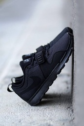 shoes,nike shoes,black,black running shoes,nike running shoes,black nikes,black nike shoes,nike,black sneakers,low top sneakers,trainers,nike shoes for women,mens sneakers,sneakers,black shoes,swag,nike sneakers