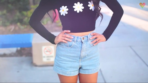 denim shorts mylifeaseva basic shorts cute shorts summer shorts daisy top shirt black flowers floral black and white