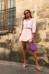 bag,top,kirt,skirt,shoes,sandals,sunglasses