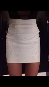 skirt,white,snake skin,high waisted skirt,white skirt,bodycon skirt,a line skirt,pencil skirt,white leather skirt,midi,crocodile,while,miniskirt,snake print,mini skirt,reptile skin,trendy,fashion inspo,chill,on point clothing,cute skirt,style,stylish,blogger,skinny,thinspo,body goals,tumblr skirt,tumblr girl,leather skirt,white leather,leather pencil skirt