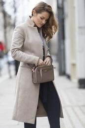 coat,tumblr,grey coat,pants,black pants,bag,crossbody bag,grey bag,work outfits,office outfits