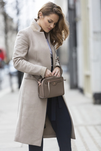 coat tumblr grey coat pants black pants bag crossbody bag grey bag work outfits office outfits