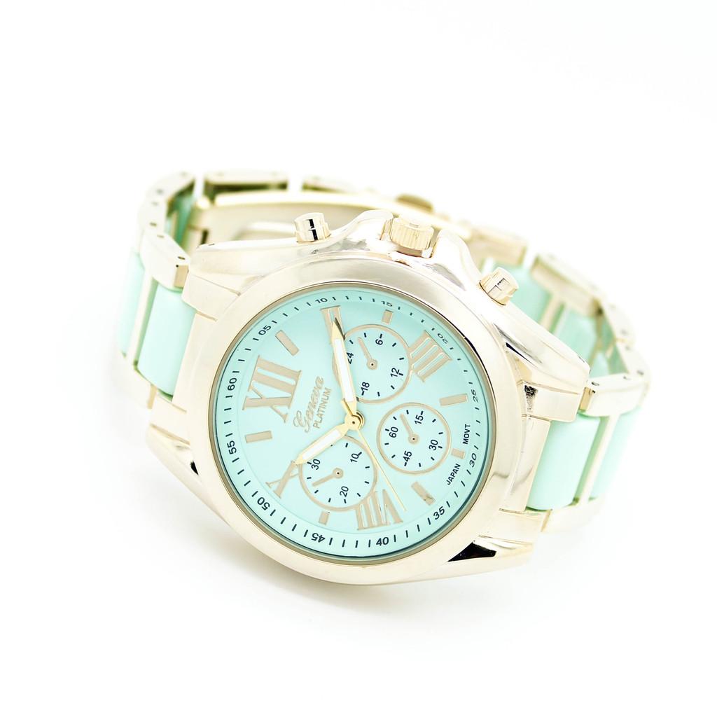 Pastel metal watch