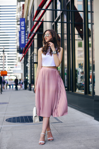 vogue haus blogger top skirt shoes bag sunglasses jewels chanel boy bag boy bag chanel boy white sleeveless top pink pleated skirt white strappy sandals white purse