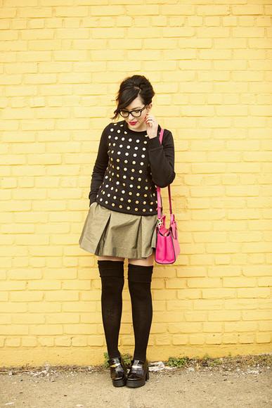 keiko lynn bag blogger make-up polka dots gold skirt