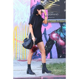t-shirt casual kylie jenner cool co-ordinates top shoes