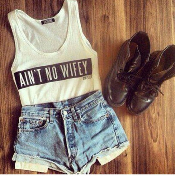 shirt ain't no wifey tank top black white shorts shoes