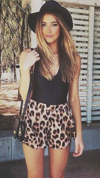 shorts animalprint hat leopard print
