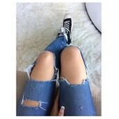 jeans,ripped blue jeans,madison beer,ripped jeans