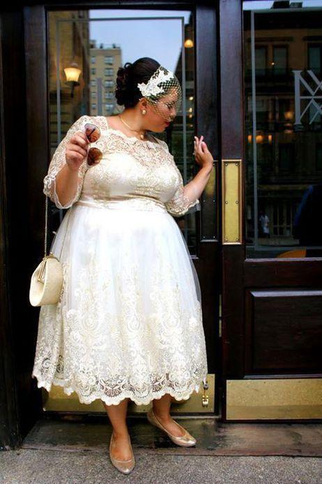 Romantic lace dresses for plus size