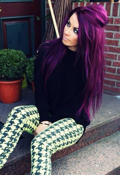 black and white leggings printed pants purple hair accessories ombre hair