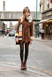 coat,trench coat,brown,cute,street,fur,faux fur,brown trenchcoat,scarf,neutral,neutral colors