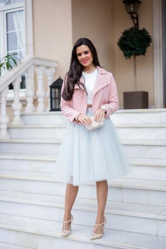 crimenes de la moda blogger tulle skirt pink jacket skirt top jacket shoes jewels bag dress sunglasses jeans coat blouse shirt t-shirt shorts sweater scarf hat belt