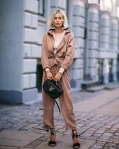 shoes,sandals,long sleeves,blouse,bag,casual