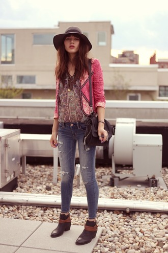 natalie off duty jacket t-shirt shoes hat jewels bag
