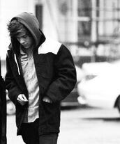 coat,harry styles,one direction,jacket,cold,winter outfits,british,britian