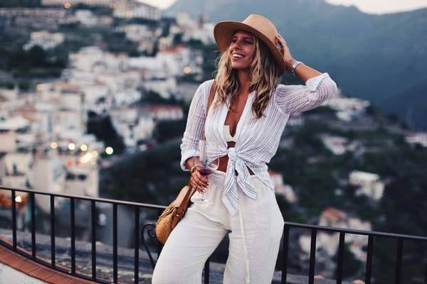 blouse Rails blue and cream tie-front top button up white blouse white button down shirt summer outfits summer white summer top natasha oakley white