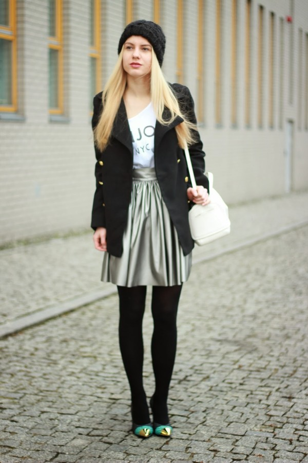 je suis monika skirt coat hat bag shoes t-shirt