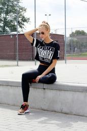 beauty fashion shopping,shoes,t-shirt,leggings,sunglasses,jewels