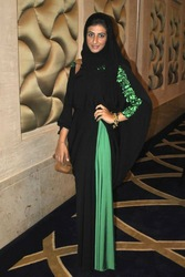 Latest Dubai Style Abaya - Buy Latest Abaya Designs 2012 Dubai Product on Alibaba.com
