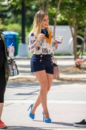 blouse,top,pumps,shoes,high heels,hilary duff,shorts,purse