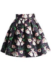 skirt,chicwish,floral skirt,printed skirt,oleated skirt,tulip illustration pleated skirt,pleated skirt,midi skirt,chicwish.com,black midi skirt