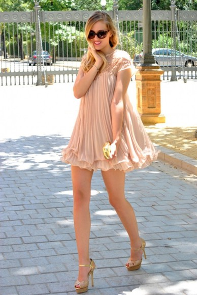 dress high heels streetstyle i4out fashion chiffon chiffon dress look lookbook sunglasses beads swag girl