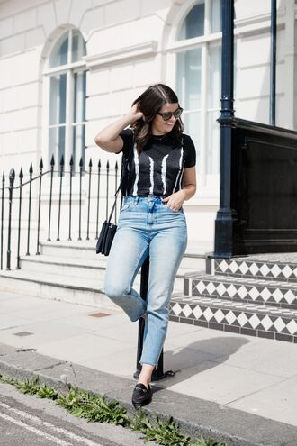 t-shirt silk tank top mom jeans tank top cropped jeans slippers crossbody bag blogger blogger style