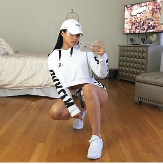 sweater cropped sweater jumper black and white sporty sport clothes cropped hoodie white hoodie julia kelly white t-shirt white pants