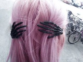 hair accessory,skull hands black,pastel goth