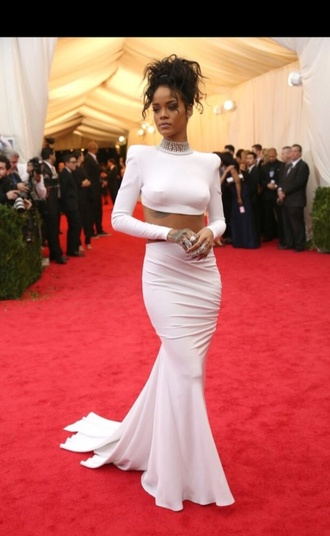 skirt rihanna crop tops white classy red carpet navy
