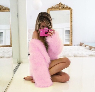 jacket clothes pink phone cover pastel phone case fur coat fur faux fur faux fur jacket faux fur coat phone camera accessory