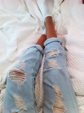 jeans ripped jeans tumblr boyfriend jeans ripped jeans lightblue light blue pants light washed denim distressed jeans denim summer pants denim swag boyfriend topshop style zara coil cool 2014 helm