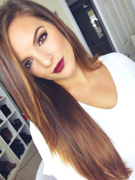 burgundy make-up lipstick bordeaux red lips