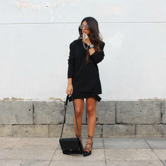 style by nelli blogger sweater shoes bag jewels sunglasses