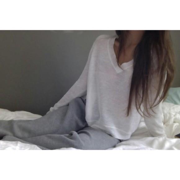 simple t-shirt sleepwear pale