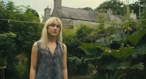 blouse how i live now top singlet saoirse ronan paisley