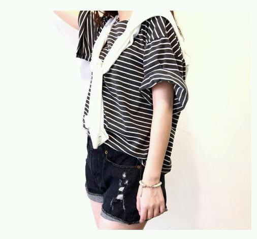 Striped oversized loose tee