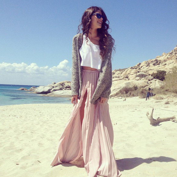 cardigan skirt beach long skirt boho chic sweater tumblr summer boho maxi skirt blouse speckled knit grey knit sweater knit cardigan shirt greek singer pink skirt ethnic maxi plissed skirt grey sweater white shirt brown hair sunglasses jacket crop tops tank top knitted cardigan oversized cardigan beige beige skirts maxiskirt